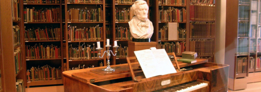 Library at Reuter-Wagner-Museum